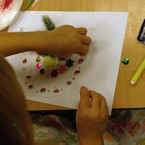 Warsztaty rysowania mandali w Szkole nr 54 w Poznaniu, klasa 0